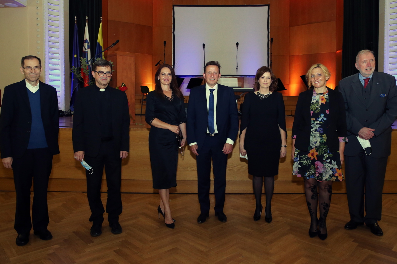 Lojze Kozar, dr. Maksimilijan Matjaž, Katarina Karlovšek, Bojan Šrot, dr. Tanja Ozvatič, dr. Ignacija Fridl Jarc, dr. Dimitrij Rupel